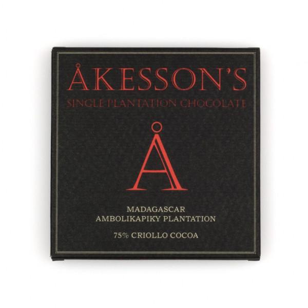 Åkesson's Madagaskar Ambolikapiky Plantation Criollo 75% Vorderseite