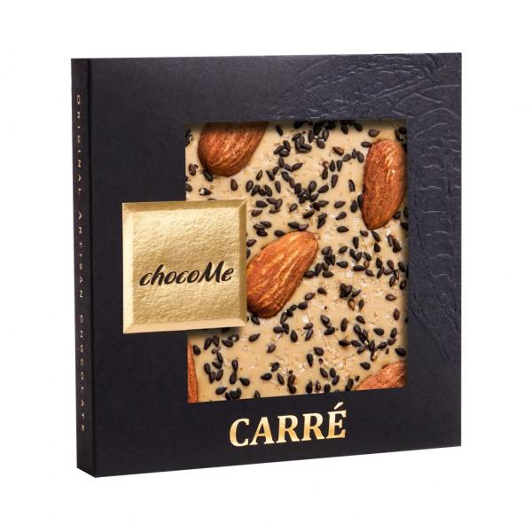 ChocoMe Carré sizilianische Mandeln, schwarzer Sesam, Maldon Salz Vorderseite
